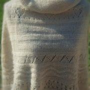 poncho ivoire mannequin-01
